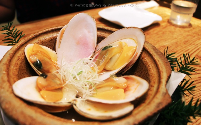 Clams steamed in Japanese sake