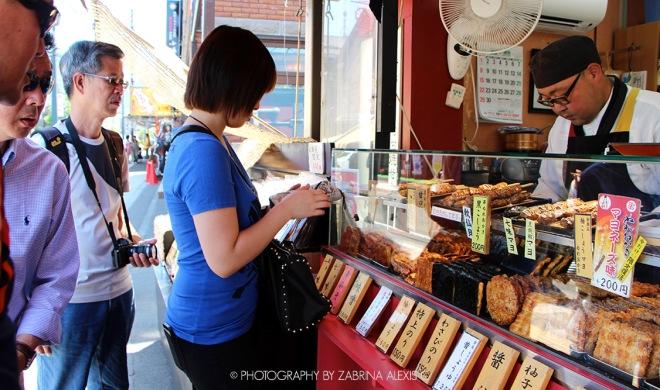 Otaru Hokkaido Japan Travel Diary Blog Canal street side stalls