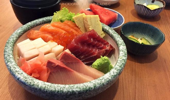 Manzuko Chikuwatei Singapore Japanese Restaurant Food Review Blog Chirashi Don Best Sashimi