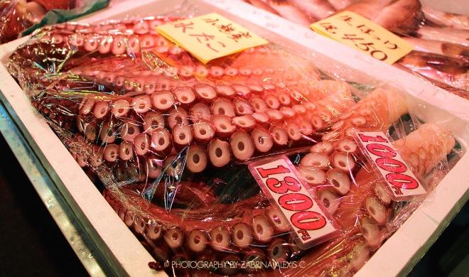 Otaru Wet Market Fresh Hotate Salmon Uni Kani Don Travel Food Diary