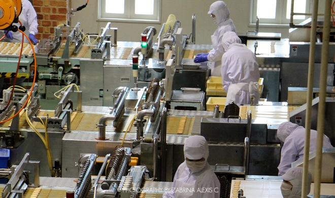 Shiroi Koibito Park Famous Best Biscuit Sapporo Hokkaido Japan Travel Diary Factory Production Line