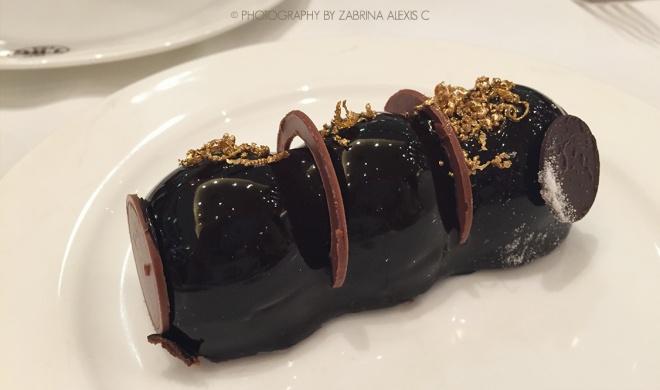 TWG Tea Palor Singapore Global European Afternoon High Tea Cakes Chocolate